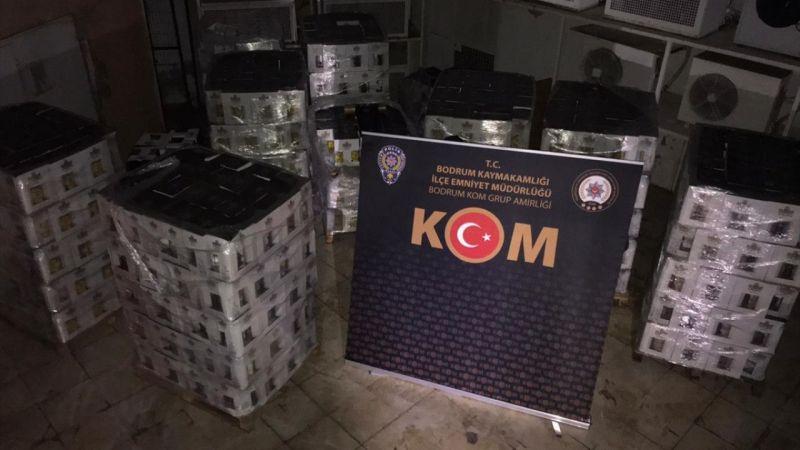 Muğla'da otelde 7 bin şişe sahte içki ele geçirildi