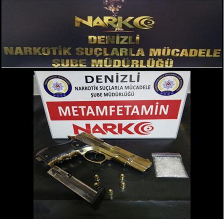 Denizli'de uyuşturucu operasyonunda yakalanan 19 şüpheliden 13'ü tutuklandı