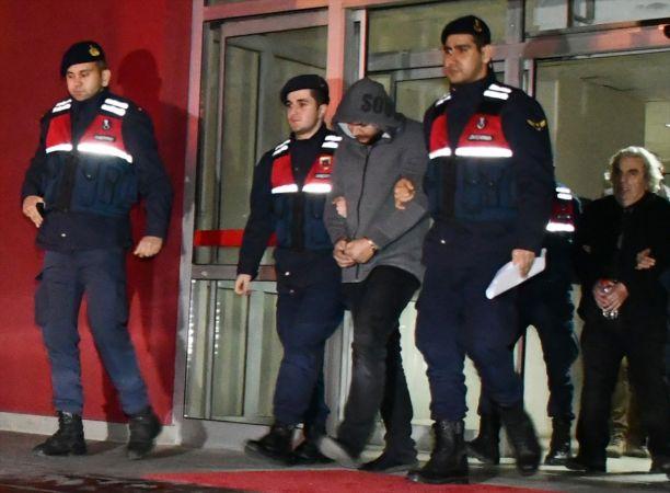 """Manisa merkezli """"renkli reçeteli"""" ilaç operasyonunda 4 kişi tutuklandı"""