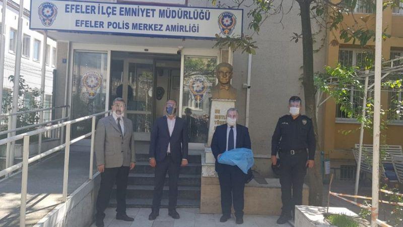 Aydın'da üretilen 380 yüz koruyucu siperlik emniyete teslim edildi