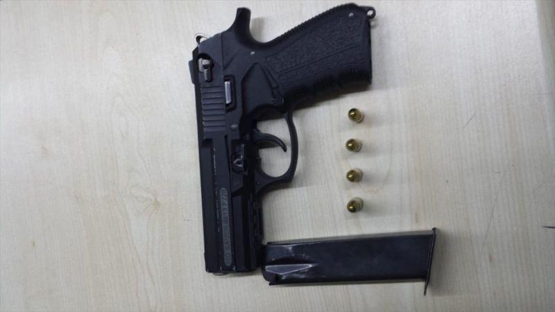 Manisa'da araçta alkol satışı yapan kişi gözaltına alındı