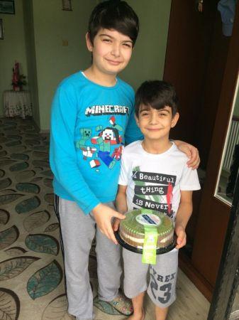 Aydın Valisi Köşger'den 5 bin çocuğa pasta