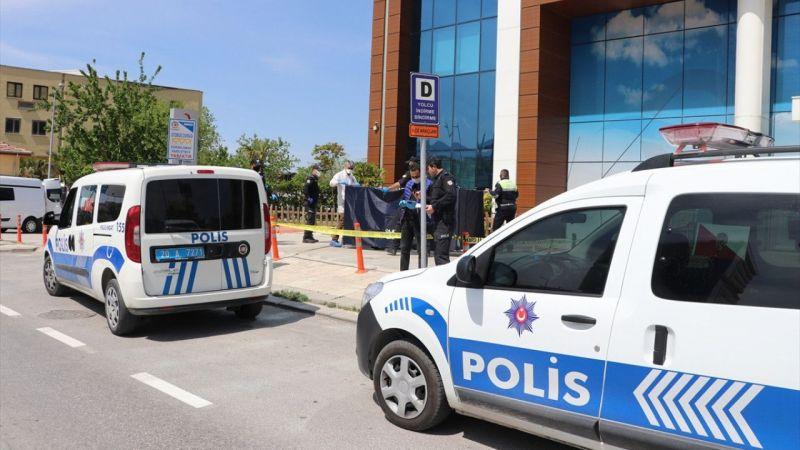 Denizli'de yüksekten düştüğü ileri sürülen hastane personeli öldü