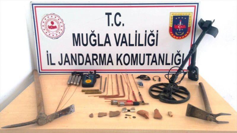 Muğla'da sit alanında kaçak kazı yapan 4 kişi yakalandı
