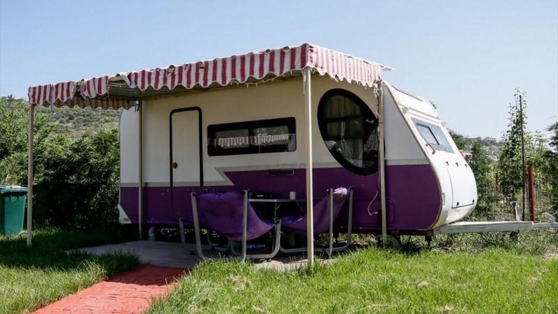 """Alternatif tatilcileri cezbeden """"karavan otel"""" yaz rezervasyonlarını doldurdu"""