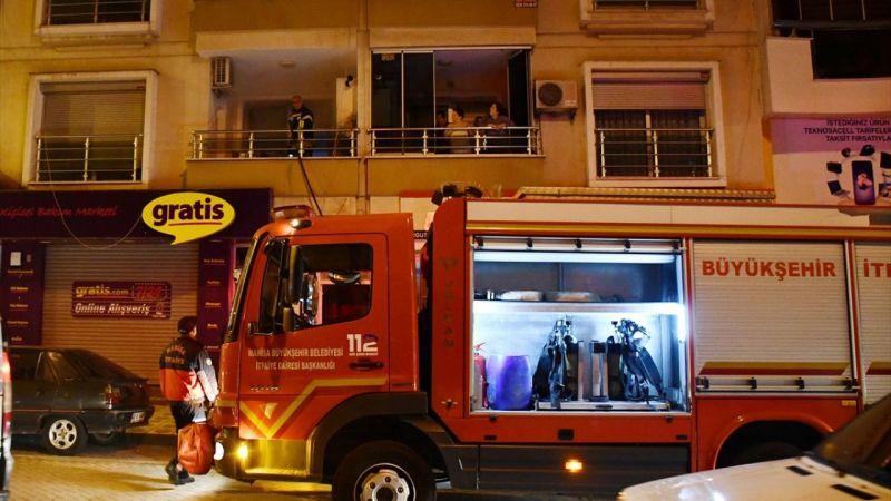 Manisa'da evde çıkan yangın hasara neden oldu