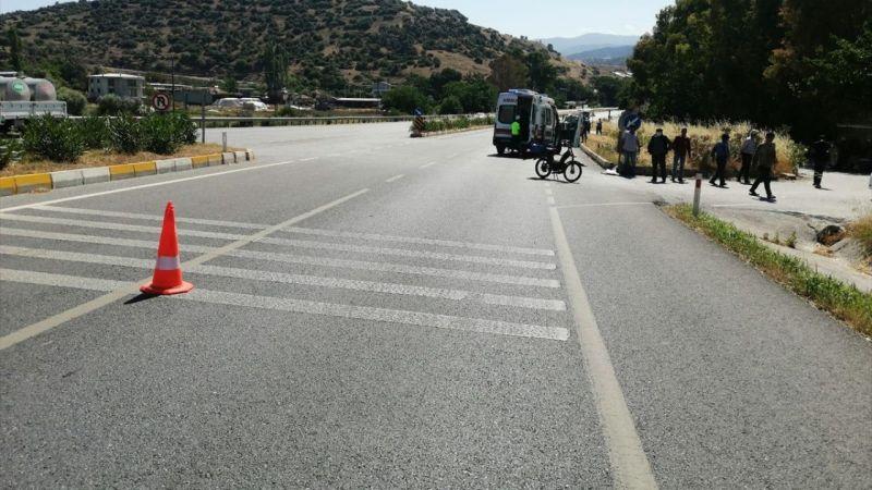 Çine'de traktörle çarpışan motosiklet sürücüsü yaralandı