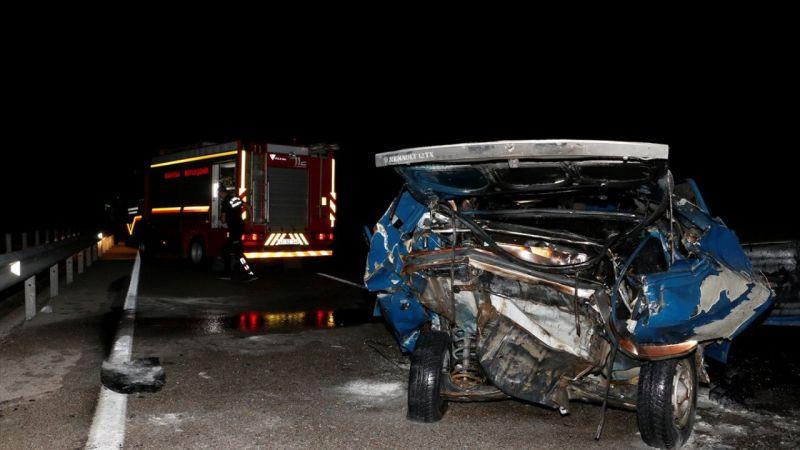 Manisa'da trafik kazası: 1 ölü, 1 ağır yaralı