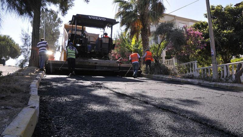 Kuşadası Belediyesi çalışıyor: Kentin dört bir yanında asfalt çalışması