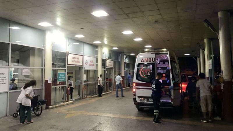 İzmir'de bıçaklı kavga: 2 yaralı