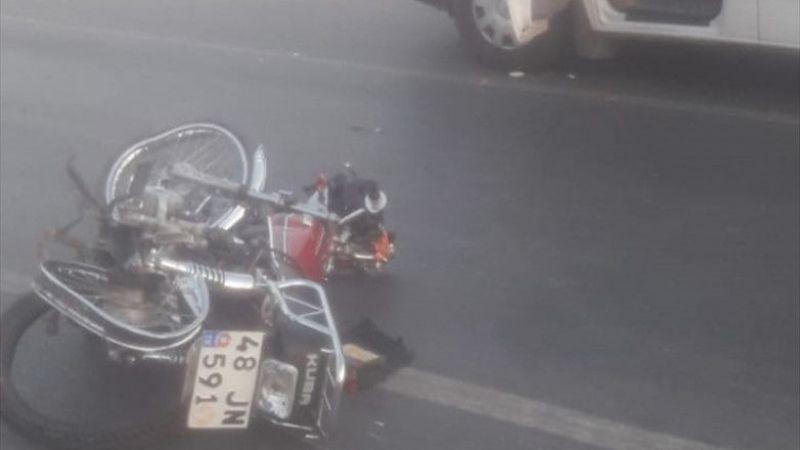 Muğla'da ambulansla çarpışan motosikletin sürücüsü öldü