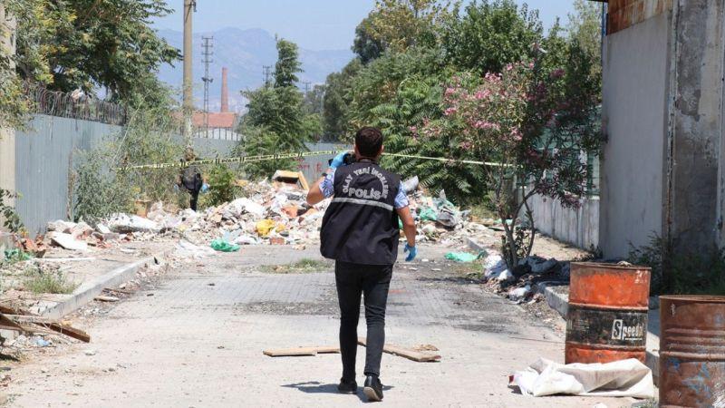 İzmir'de silahlı saldırı sonucu 2 kişi yaralandı