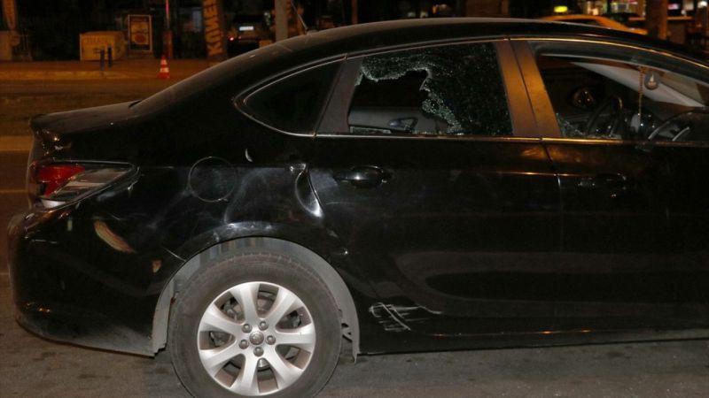 İzmir'de bir mekana pompalı tüfekle ateş açan kişi darbedildi