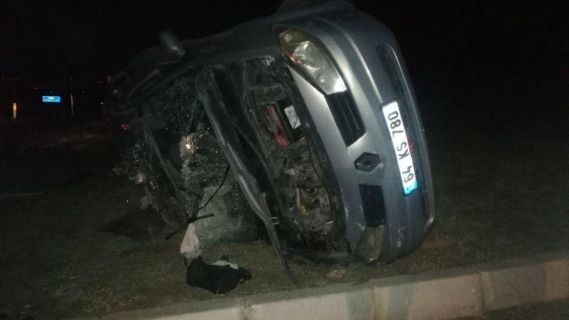 Uşak'ta otomobille kamyonun çarpıştığı kazada 1 kişi öldü