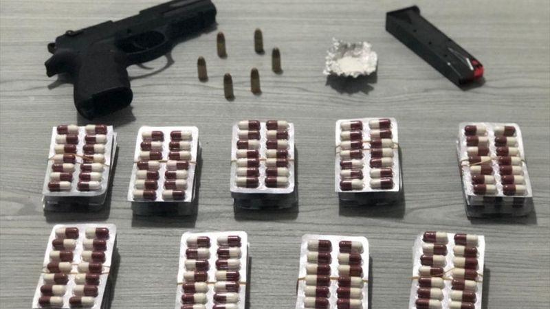 Bayındır'da uyuşturucu operasyonlarında 3 kişi tutuklandı