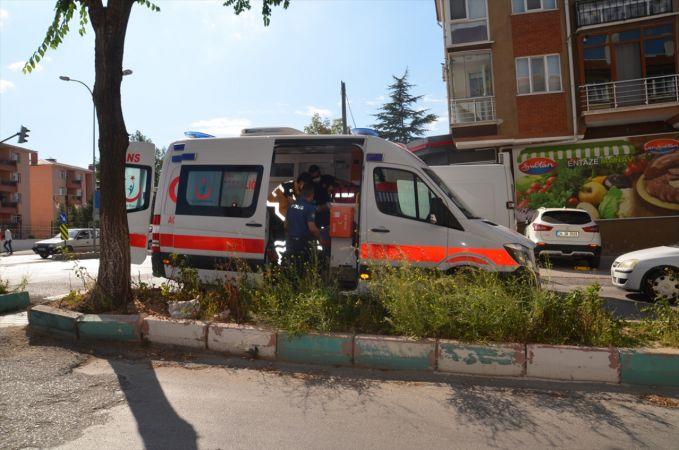 Kütahya'da otomobil ile motosiklet çarpıştı: 2 yaralı
