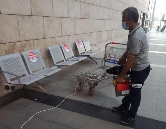 Karantina süresi dolmadan evden ayrılan kişi hastaneye götürüldü