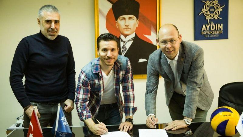Aydın'ın Sultanları iki yıl daha baş antrenör Alper Hamurcu'ya emanet