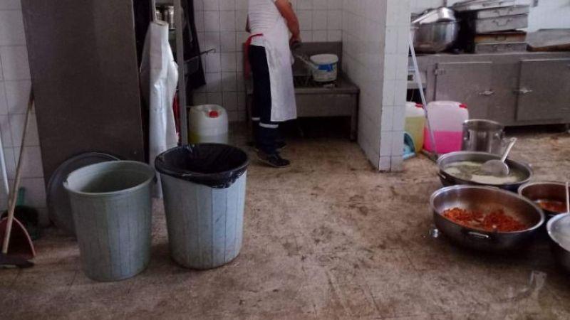 AK Partili Koçarlı Belediyesi'nin aş evinin görüntüleri mide bulandırdı