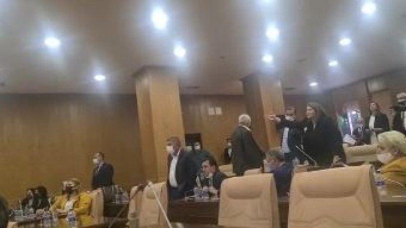 Böyle susturulmuş! AKP'li belediyedeki skandalların ardından gelen istifada şok görüntüler ortaya çıktı