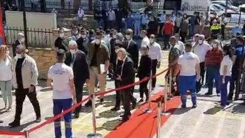 Fatih Atay, Efeler Belediyesi personeline slogan attırmaya çalıştı