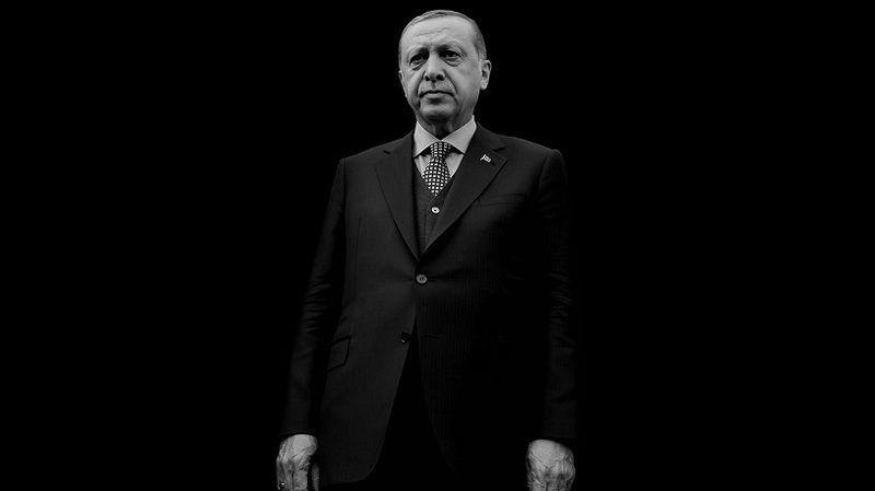 Erdoğan'ın eski danışmanı tüm gemileri yaktı: 'Dinsizin hakkından imansız gelir!'