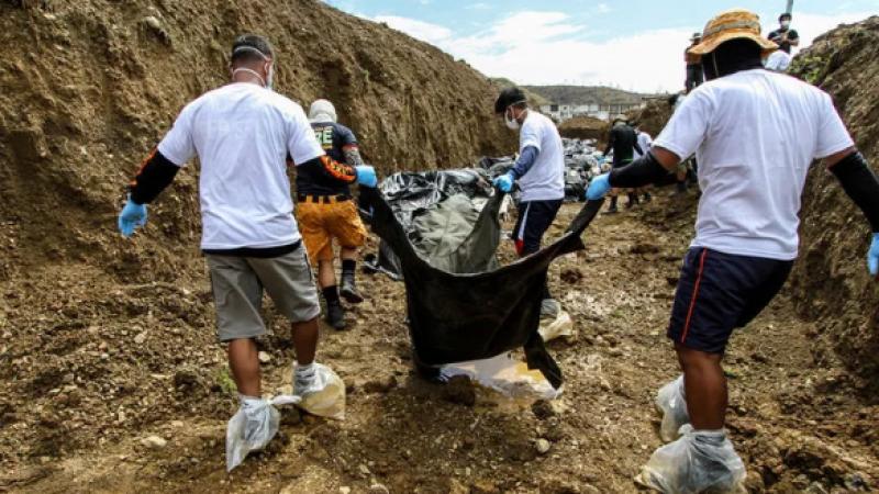 Dünya şokta! İstismara uğramış 751 çocuk cesedi