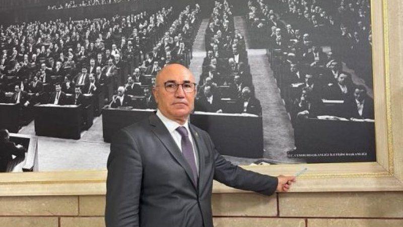AKP bunu da yaptı! Meclis'teki tarihi fotoğraflar tahrip edildi