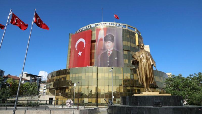 Aydın Büyükşehir Belediyesi'nden Servet Töz hakkında suç duyurusu