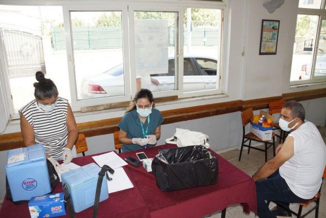 Aydın'da şoförler, aşıya davet etti