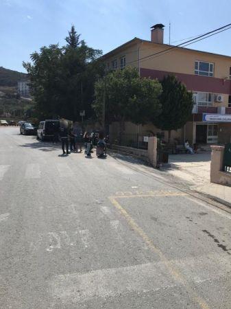 Kuşadası'nda polis okullarda denetim yaptı