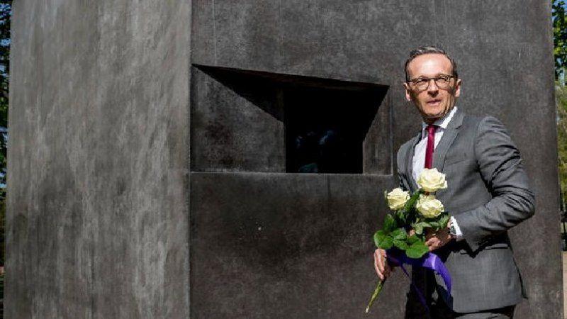 Eşcinselliği suç sayan Nazi dönemi yasası nedeniyle 249 kişiye tazminat ödendi