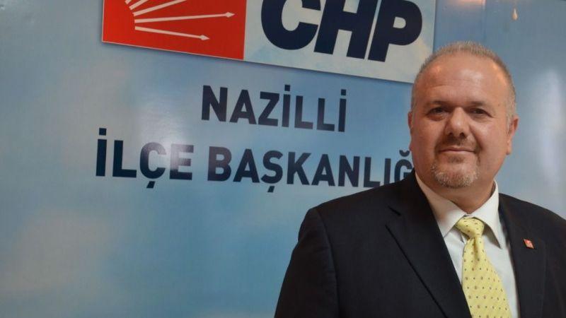 CHP'li Alptekin, AK Partili vekillere ekonomi üzerinden yüklendi