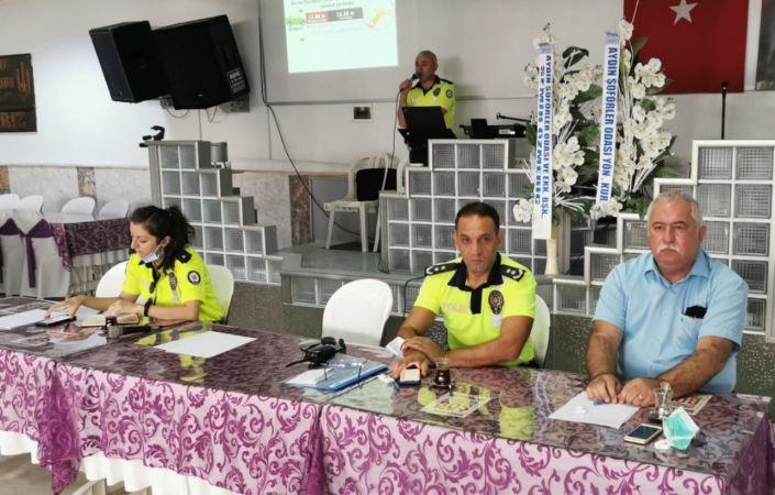 Aydın'daki öğrenci servis şoförleri ile rehberlere eğitim verildi