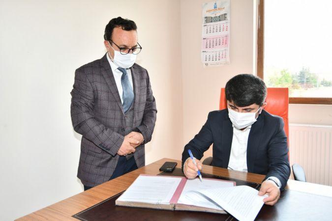 Tufanbeyli Belediyesi ile Tapu Müdürlüğü arasında emlak rayiç bedel sözleşmesi imzalandı