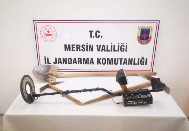 Mersin'de izinsiz kazı yapan 8 şüpheli suçüstü yakalandı