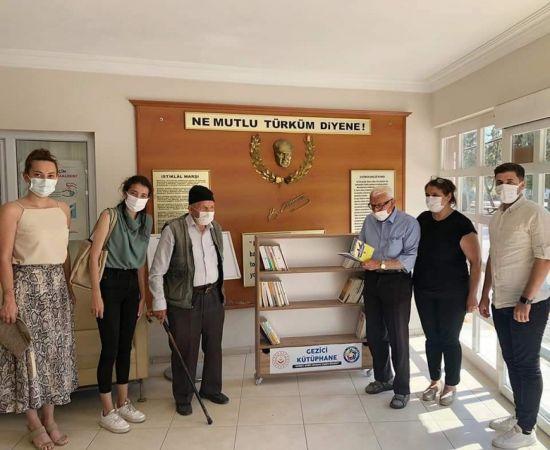 """""""20 Gezici Kütüphane Projesi""""nin ilk durağı Tarsus Huzurevi"""