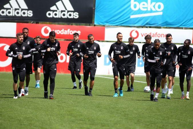 Beşiktaş 5 Temmuz'da top başı yapıyor