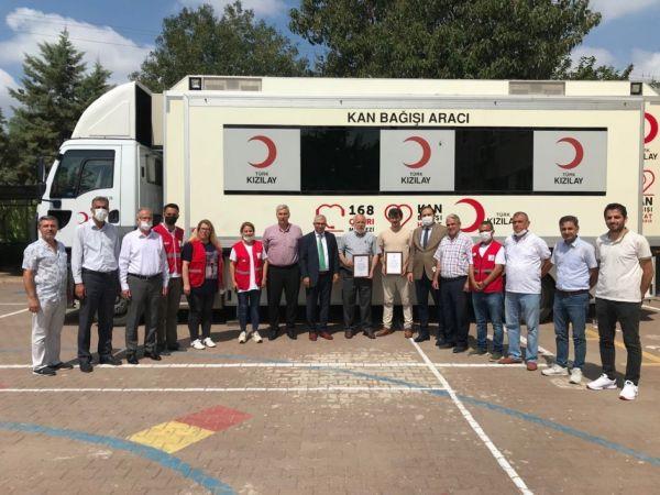 Okullardan kan bağışına destek