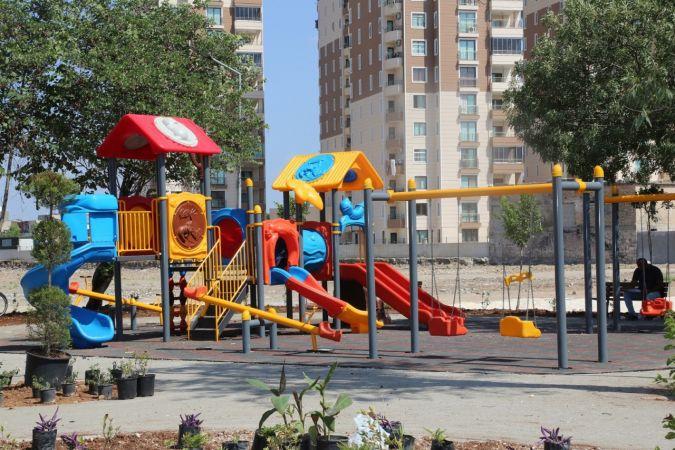 Yüreğir'e 12 muhtarlık binası ve 22 park daha yapılıyor
