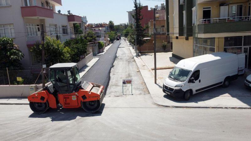 Tarsus'ta yol onarım ve asfaltlama çalışmaları