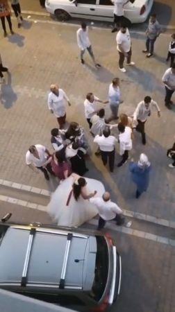 (Özel) Esenyurt'ta düğünde yaşanan takı krizi, kavgaya dönüştü