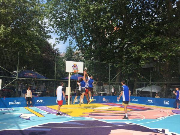 Red Bull Half Court'ta eleme heyecanı
