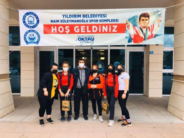 Büyükşehir'den Kütahya'daki atletizm şampiyonasında Türkiye birinciliği