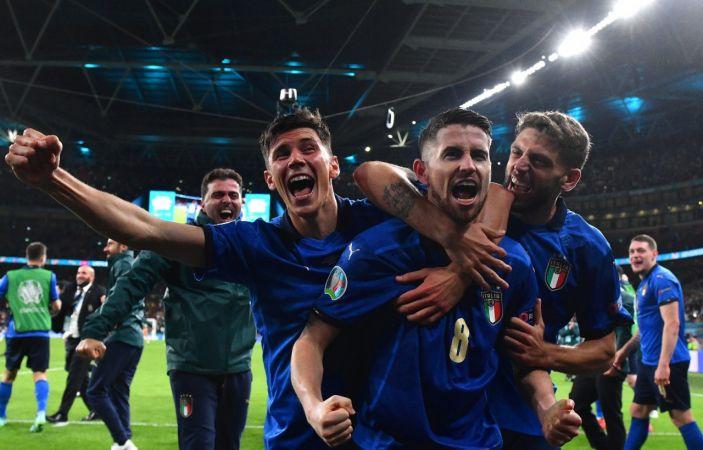 EURO 2020'de İtalya finalde