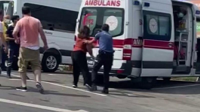 (Özel) Ümraniye'de sinir krizi geçiren kadın, polis ve sağlık ekiplerine zor anlar yaşattı