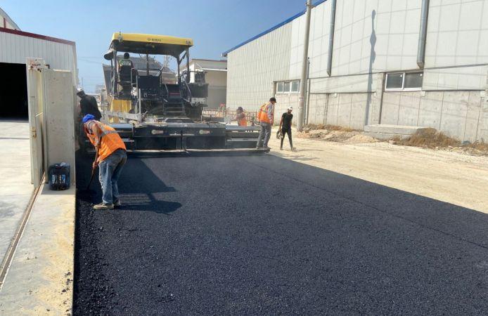 Akdeniz'de yol çalışmaları devam ediyor