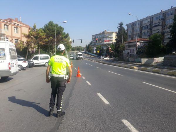 Bakırköy'de 2 motosiklet sürücüsüne 3 bin 648 lira ceza