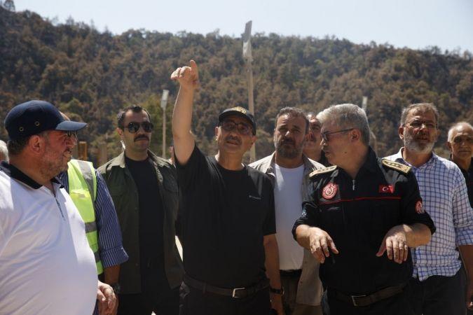 Bakan Dönmez, Kemerköy Termik Santrali'nde bir ünitenin elektrik üretimine başladığını duyurdu