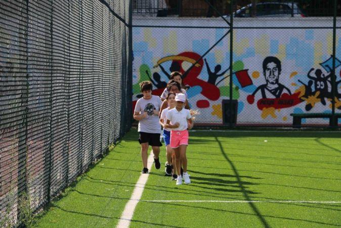Kartal'daki çocuklara uzman eğitmenlerden ücretsiz yaz spor eğitimi